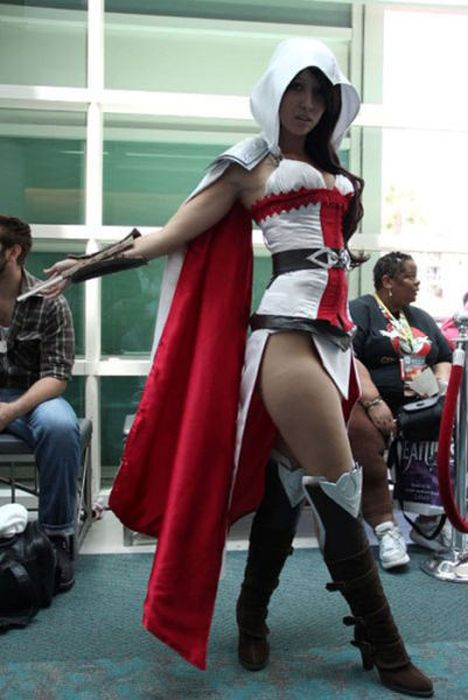 cosplay_makes_hot_girls_even_hotter_01